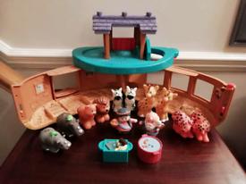 Fisher Price, little peoples Noah's Ark