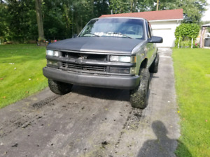 Lifted 1998 C/K1500 as is