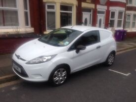 2010 59reg Ford Fiesta Van 1.4 Tdci White Very Tidy