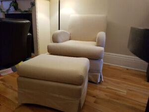 Beautiful Glider Chair and Ottoman Perfect for Nursery