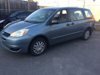 "2004 Toyota Sienna Base CE ""AS IS"" special!!!"