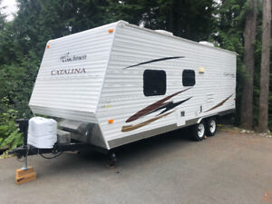 Coachman Catalina Travel Trailer 21'