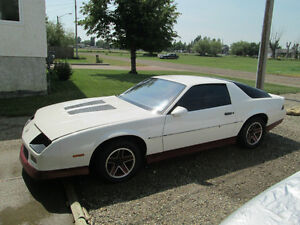 1986 Chevrolet Camaro Z28 Coupe (2 door)