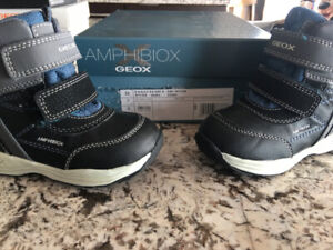 GEOX - Amphibiox - Toddler Winter Boots size 7