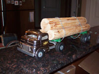 BEAUTIFUL 1950's STRUCTO LOGGING TRUCK