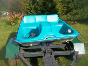 SPECIAL PEDALO 2 PLACE PEDALO 4 PLACE CANOT 13 PIED