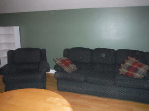 couche and chair