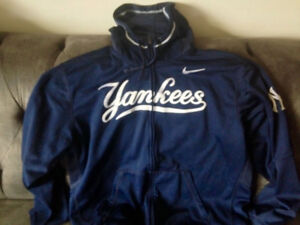 Mens Dri Fit Yankee Zip Up Hooded Jacket Like New