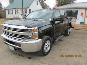 2015 Chevrolet Silverado 2500 4wd - only 32Kms