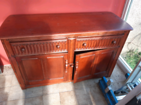 Chest of drawers and doors . Free
