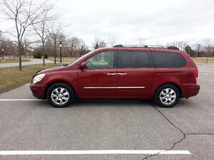2007 Hyundai Entourage, Saftied, Etested  SALE SALE SALE