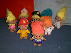 COLLECTION OF 8 VINTAGE TROLL DOLLS-TNT-ACE NOVELTY & MORE