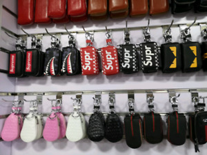 CHRISTMAS SALE BEST GIFTS KEYCHAINS