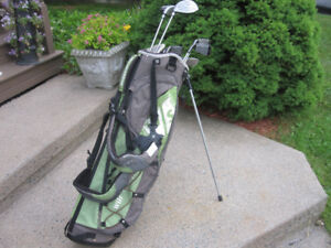Mens Right Hand 8-pc Golf Clubs Set (Tour Select X-101Ti) & Bag