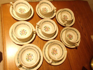 Cups & Saucers 8 China Wedgwood