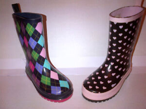 Yes 2 Stunning 2 Pairs GAP Girls Rain Boots Sizes 9T to 11T MINT
