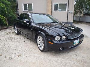 2009 Jaguar XJ Sedan