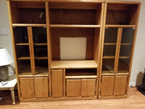 Wall unit bookcase & entertainment unit