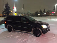 2011 Mercedes-Benz GL350 FULLY LOADED - MINT CONDITION