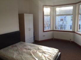 HOUSESHARE - ROOM LET - DOUBLE ROOM- ALL BILLS INC - WiFi - FURNISHED