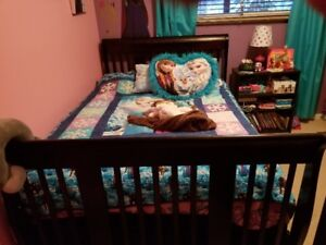 3-in-1 convertible crib and 2 dressers