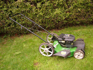 TONDEUSE YARD MACHINE 6.25HP MOTORISER