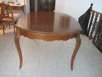 French Provincial Dining Table and 4 chairs