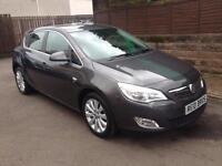 2012 (12) Vauxhall Astra 1.6i SE 5 Door Hatchback Petrol Manual