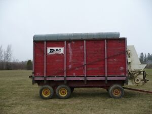 forage harvestor wagons