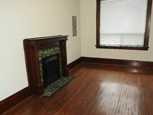 For rent One Bedroom apartment (Weston and Church)