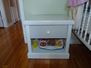 Beautiful small white dresser/side table