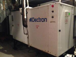 Dryotron (de Dectron): chauffe l'eau de la piscine, la pièce, ..