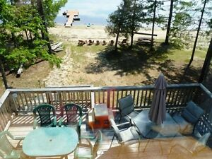 1 acre private Watrerfront cottage  beach house
