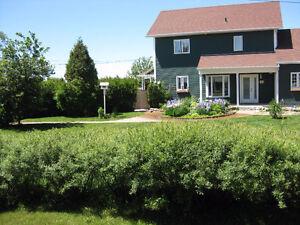 Maison unifamiliale, bord du Lac St Jean