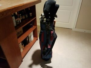 Ladies RH Golf Clubs & Bag