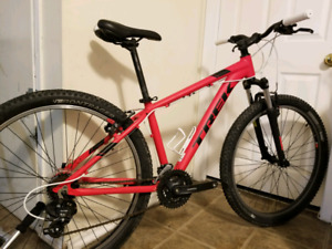 2017 TREK MARLIN - awesome bike, outgrown