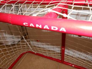 Team Canada Mini Hockey Net Set