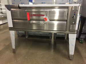 CLEARANCE BLOWOUT! Used/Demo/Scratch&Dent Restaurant Equipment