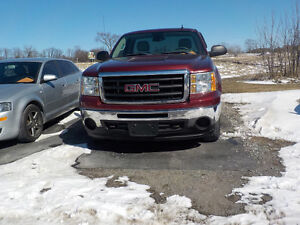 2009 GMC Sierra $13,600 CERTIFIED AND EMISSION TESTED