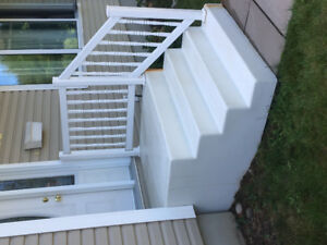 Free front steps if not sold by Friday