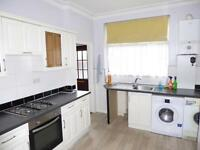 4 bedroom house in Sandhurst Terrace, Harehills, LS8