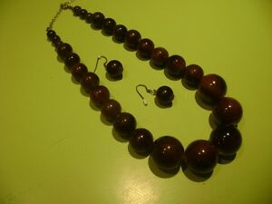 Wooden Beaded Necklace/Earings