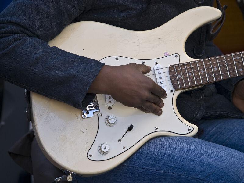 top 10 electric guitar strings ebay. Black Bedroom Furniture Sets. Home Design Ideas