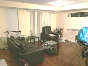2 Br Townhouse for Rent included 1 Parking in Downtown Toronto