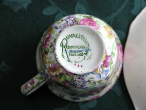 Royal Winton Grimwades-Chintz (Summertime) Cup and saucer Guelph Ontario image 4