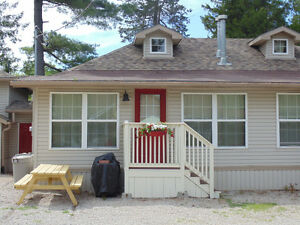 Downtown Grand Bend 3 Bedroom Cottage - Summer 2017