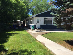 FOR RENT - Beautiful Echo Lake 2 bed House
