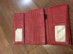 "Lula folding wallet. Approx. 8""x4.5"". Great shape. $5."