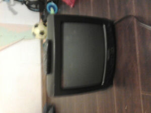 13 inch tv with a remote