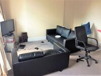 Spacious 5 Double Bedroom Apartment in Oval, 5mins walk from Oval Tube Station